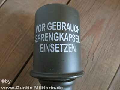 Zielfernrohr Mit Entfernungsmesser Defekt : Wehrmacht stielhandgranate m24 holz mit defekt waffen